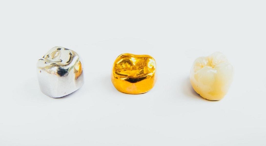 [تصویر:  dental-crown-new-hero.jpg]